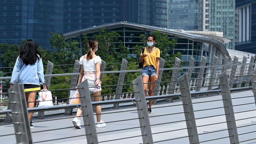 Singapore đề xuất ngừng đếm các ca mắc COVID-19
