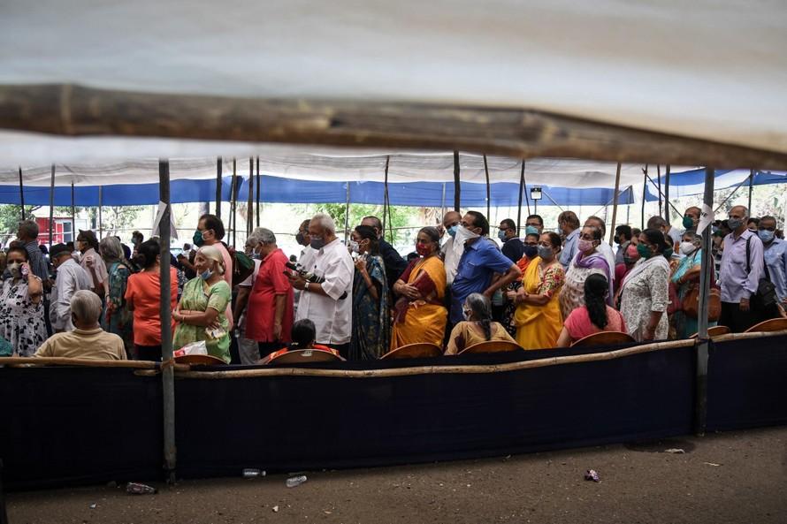 Ấn Độ điều tra vụ tiêm nước muối thay vaccine cho người dân