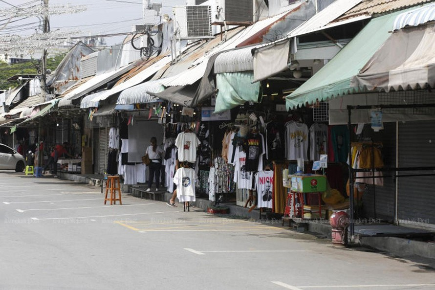 Thái Lan mở rộng các biện pháp hạn chế đi lại