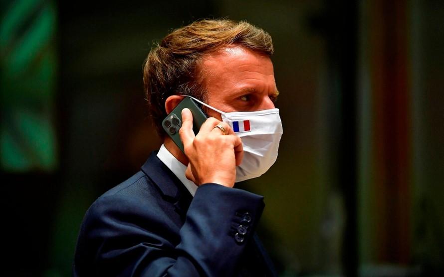 Điện thoại Tổng thống Pháp bị gián điệp theo dõi