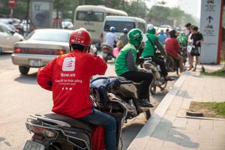 Hà Nội cấp phép hoạt động cho gần 8.800 shipper