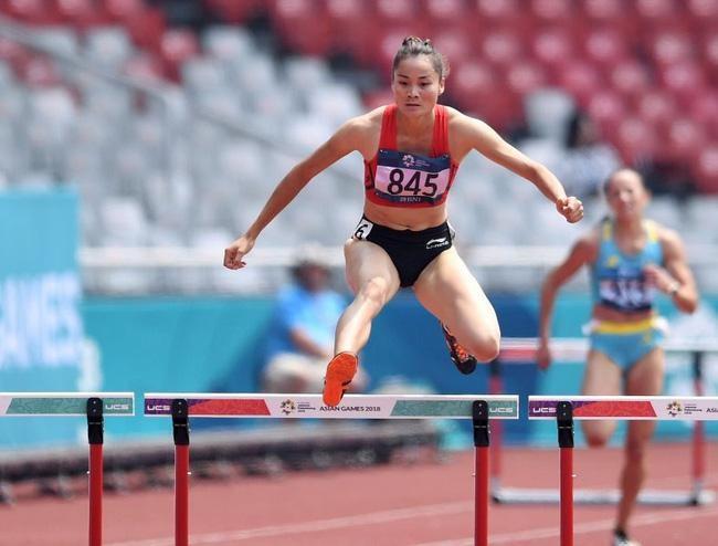 Quách Thị Lan vào bán kết chạy 400 m vượt rào nữ