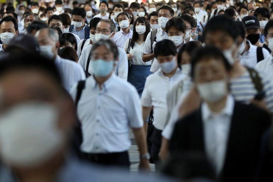 Nhật Bản giới hạn số bệnh nhân COVID-19 nhập viện