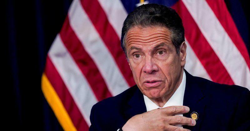 Thống đốc New York từ chức vì bê bối tình dục