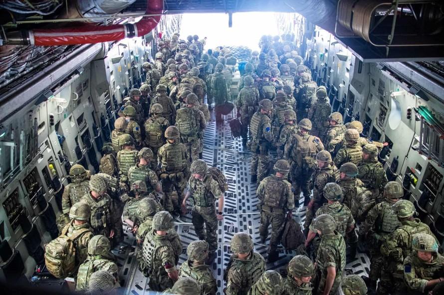 Mỹ chỉ rút khỏi Afghanistan khi sơ tán hết công dân