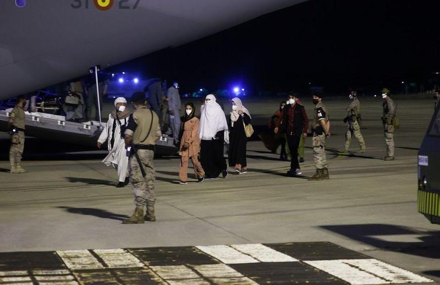 NATO cam kết đẩy nhanh tốc độ sơ tán tại Afghanistan