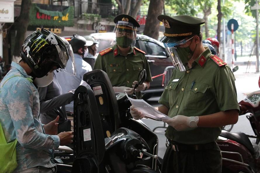 Hà Nội xử lý hơn 1.500 trường hợp vi phạm công tác phòng dịch