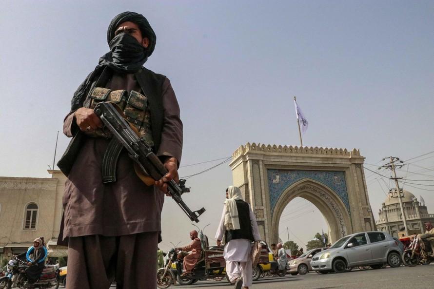 Taliban tuyên bố chiếm được 'thành trì' kháng chiến cuối cùng