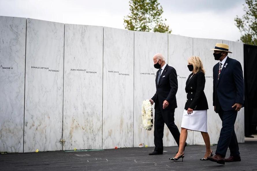 Tổng thống Mỹ tới thăm 3 hiện trường vụ khủng bố 11/9