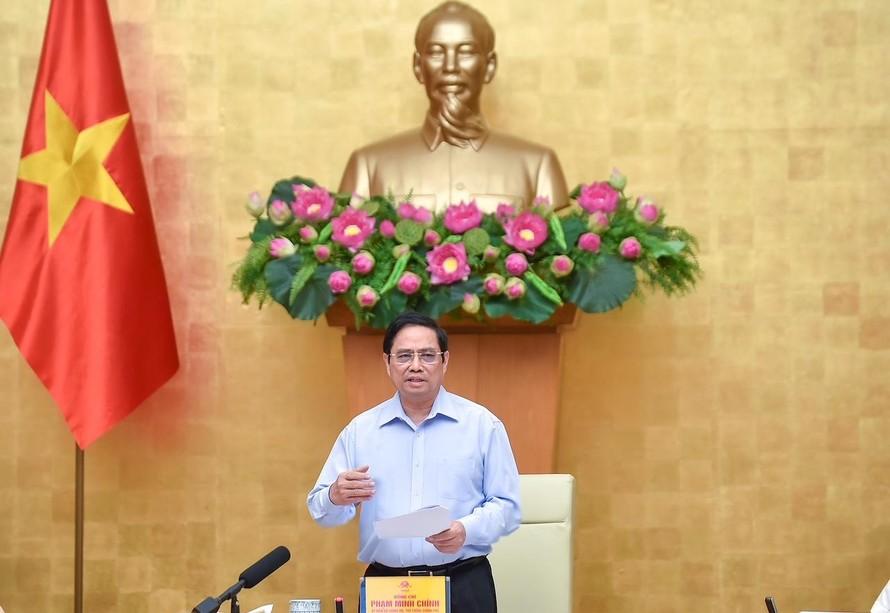 Thủ tướng: Sớm kiểm soát dịch bệnh, đưa cuộc sống trở lại bình thường
