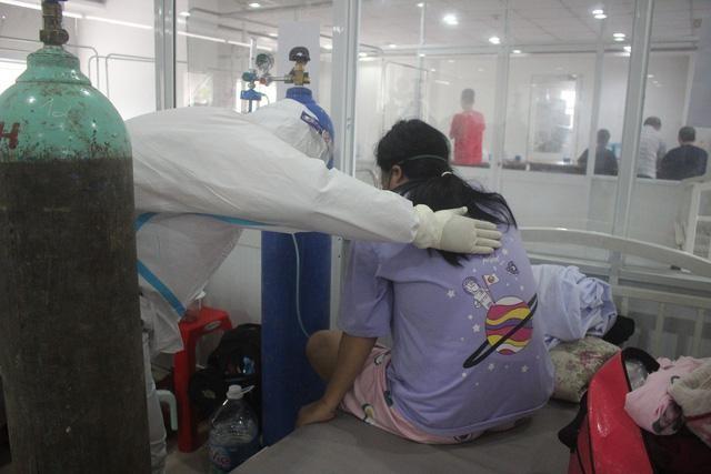Nhiều bệnh nhân COVID-19 nặng tại TP HCM xuất viện