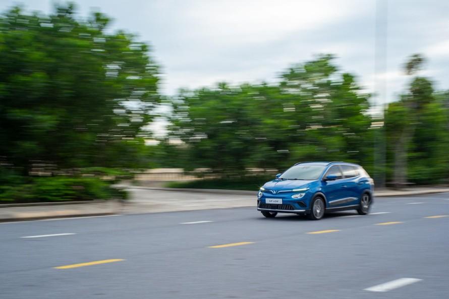 Loạt công nghệ an toàn cao cấp ngang xe tiền tỷ trên VinFast VF e34