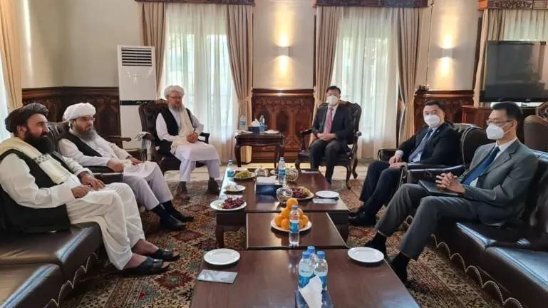 Quan chức chính quyền Taliban đã gặp gỡ các nhà ngoại giao cấp cao của Trung Quốc tại Kabul vào ngày 6/9. Ảnh: Reuters