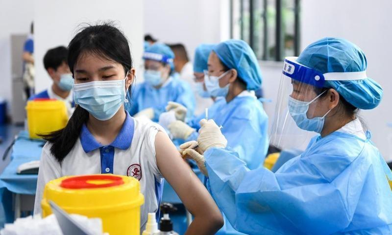 Chỉ nên tiêm 1 mũi vaccine cho thanh thiếu niên