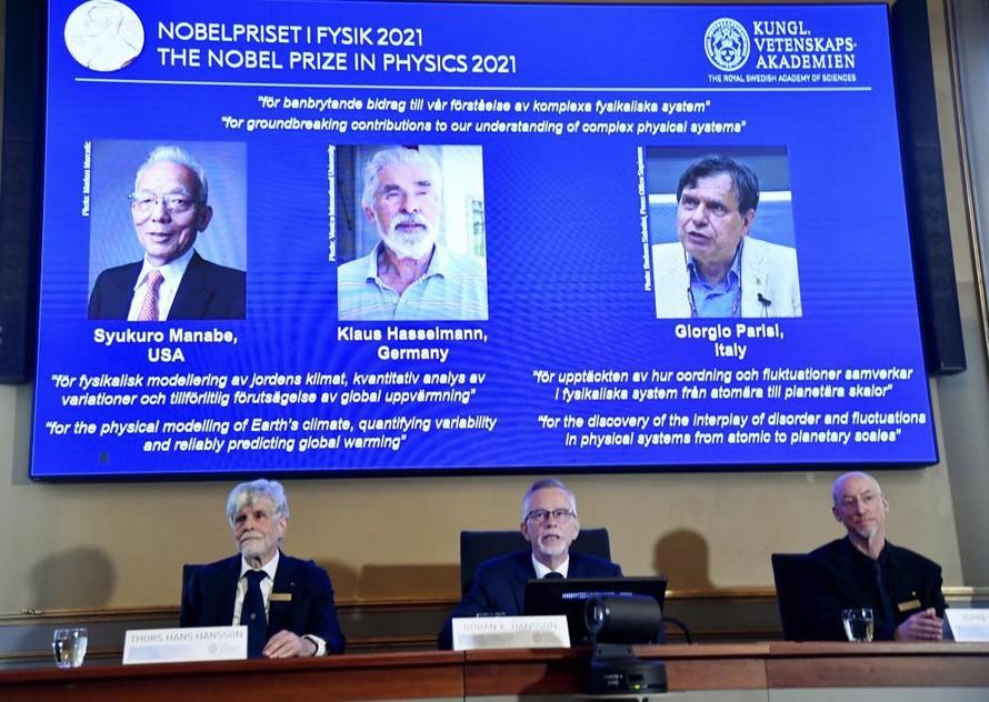 Giải Nobel Vật lý trao cho những khám phá về khí hậu