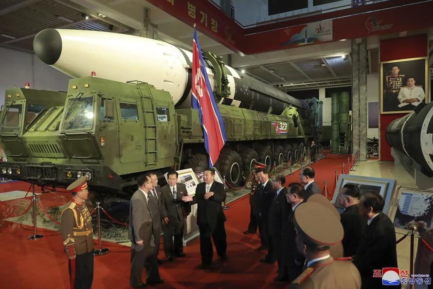 Chủ tịch Triều Tiên đặt mục tiêu xây dựng quân đội 'bất khả chiến bại'