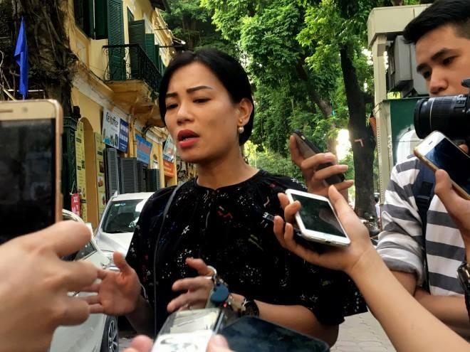 Chị Hồng Nhung sau cuộc họp kéo dài 9 tiếng