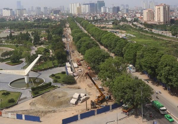 Chặt hạ gần 1.300 cây xanh trên đường Phạm Văn Đồng để thực hiện Dự án mở rộng đường vành đai 3