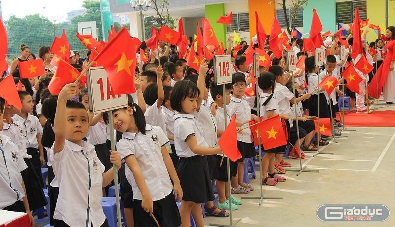 Sáng nay (5/9), gần 23 triệu học sinh, sinh viên trên cả nước sẽ dự lễ khai giảng năm học mới 2018-2019.(Ảnh minh họa: Thùy Linh)
