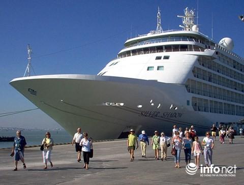Đến nay, nhiều hãng tàu du lịch biển có tiếng tăm trên thế giới đã cập cảng Đà Nẵng