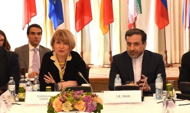 Thứ trưởng Ngoại giao Iran Abbas Araghchi đã có cuộc gặp với quan chức ngoại giao Liên minh châu Âu (EU) Helga Schmid. (Nguồn: AFP)