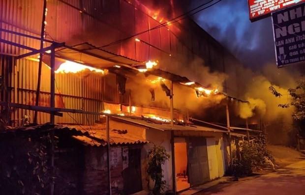 Hiện trường vụ cháy tại Công ty Rạng Đông ngày 28/8. (Nguồn ảnh: Vietnam+)