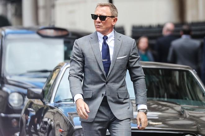 Chính Daniel Craig hiện cũng không rõ kết cục của No Time to Die sẽ diễn ra như thế nào. Ảnh: Outnow.