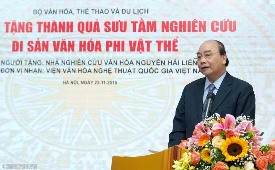 Thủ tướng Nguyễn Xuân Phúc: Phải biến văn hóa trở thành di sản, tạo sinh kế cho người dân. Ảnh VGP/Quang Hiếu