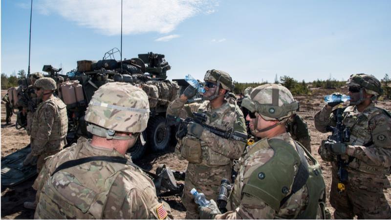 Hàng nghìn lính Mỹ ở châu Âu phải cách ly. (Ảnh: Reuters)