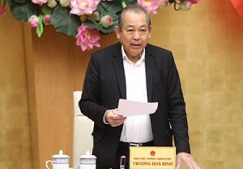Phó Thủ tướng Thường trực Chính phủ Trương Hoà Bình chủ trì cuộc họp. Ảnh: VGP/Lê Sơn