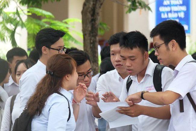 Học sinh mong Bộ GD&ĐT sớm công bố phương án thi hay bỏ để chủ động học tập