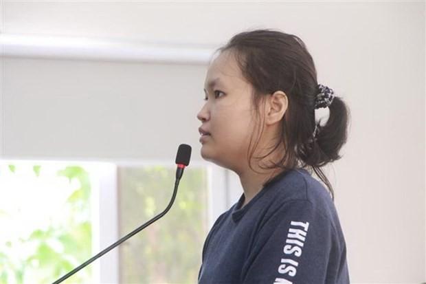 Bị cáo Phạm Thị Thiên Hà tại phiên tòa. (Ảnh: Huyền Trang/TTXVN)