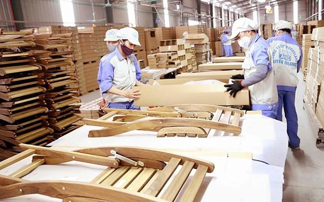 Giá trị xuất khẩu gỗ, đồ gỗ 7 tháng qua vẫn đạt trên 6 tỷ USD, tăng 6,2% so với cùng kỳ năm 2019 (Ảnh minh họa: KT)