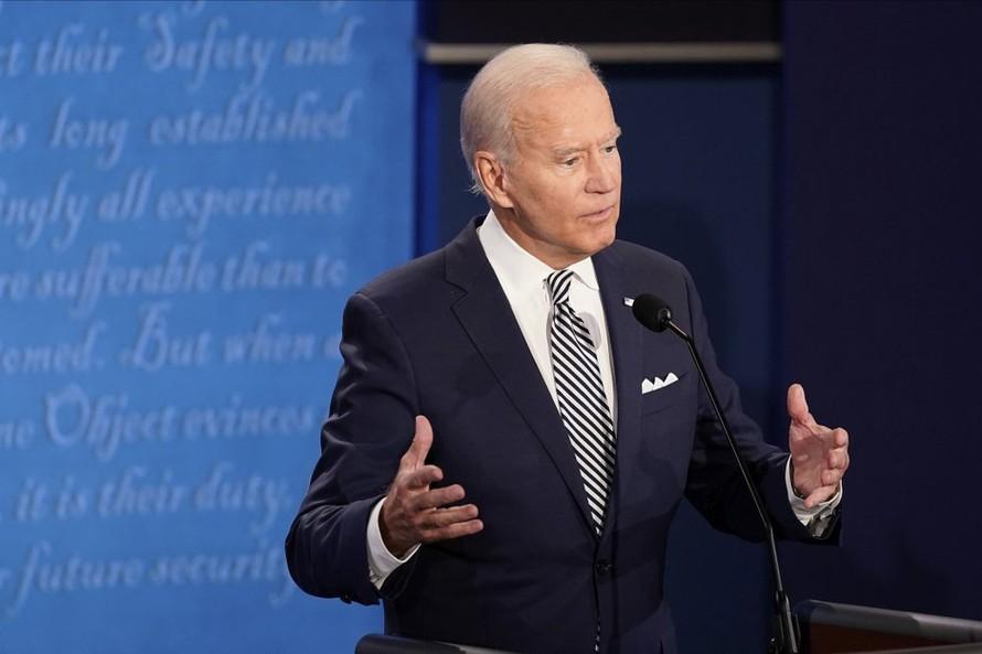 Kết quả khảo sát cho thấy ông Biden gia tăng tỷ lệ ủng hộ so với Tổng thống Trump. Ảnh: AP.