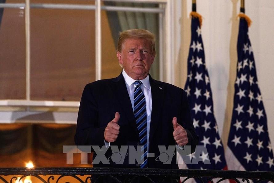 Tổng thống Mỹ đình chỉ đàm phán với đảng Dân chủ về gói cứu trợ COVID-19