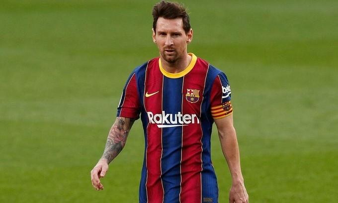 Messi và đồng đội có thể giảm 30% lương, với một số điều kiện, theo đài RAC1. Ảnh: Reuters