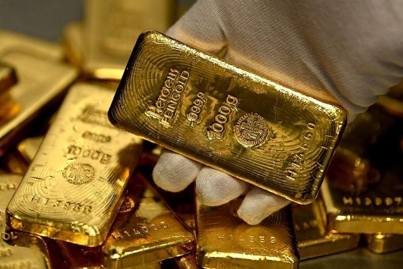 Giá vàng hôm nay ngày 20/11: Vàng còn giảm, giới đầu tư đua nhau bán tháo