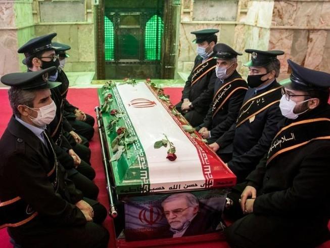 Iran tổ chức lễ tang cho nhà khoa học Mohsen Fakhrizadeh. Ảnh: REUTERS/WANA