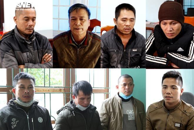 8 người tham gia vụ phá rừng quy mô lớn ở khu vực rừng Trường Sơn (Quảng Bình).