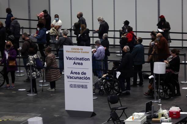 Mỹ: Nhiều địa phương hỗn loạn do thiếu vắc-xin COVID-19
