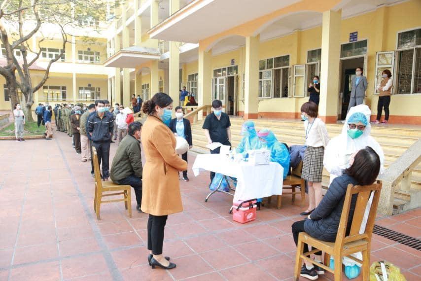 Hải Dương: xét nghiệm COVID-19 cho nông dân, người thu mua nông sản