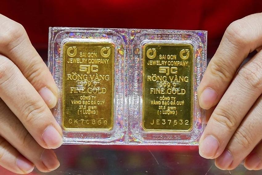Giá vàng vẫn tiếp tục giảm