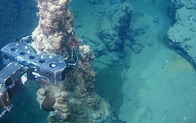Các công ty toàn cầu hưởng ứng lời kêu gọi ngừng khai thác nguyên liệu dưới đáy biển sâu