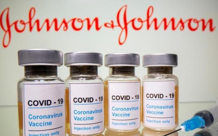 Johnson & Johnson thông báo hoãn giao vaccine cho châu Âu