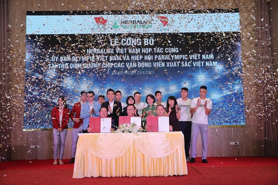 Herbalife Việt Nam công bố tài trợ sản phẩm dinh dưỡng cho các vận động viên Việt Nam xuất sắc 2021
