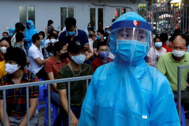 Một bác sĩ tại Hà Nội dương tính với SARS-CoV-2