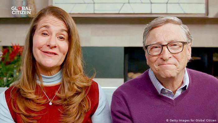 Tỉ phú Bill Gates ly hôn vợ sau 27 năm chung sống