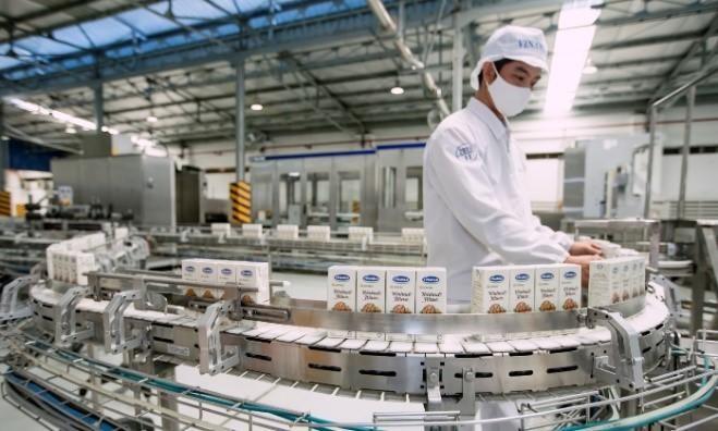 Vinamilk hiện có gần 10.000 người lao động đang làm việc tại 34 đơn vị thành viên trên cả nước