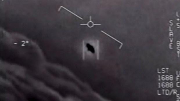 Bộ Quốc phòng Mỹ lần đầu tiên công khai thông tin về UFO/UAP