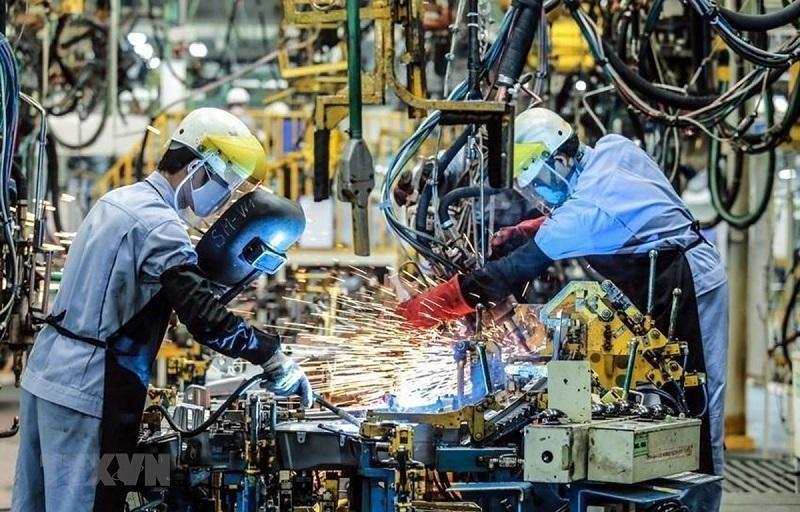 Chống dịch đi đôi với giữ vững động lực của nền kinh tế